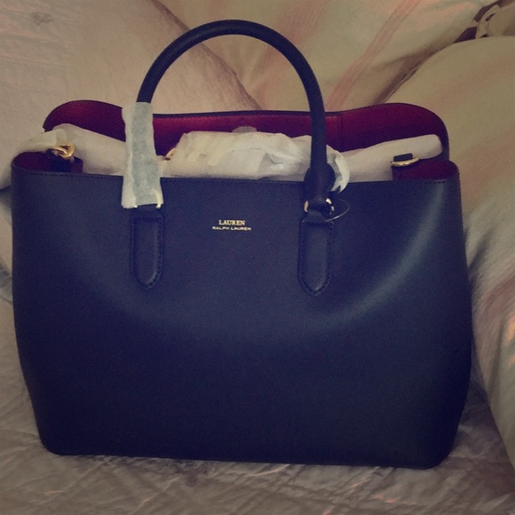 Lauren Ralph Lauren Handbags - Lauren by Ralph Lauren Black handbag—BRAND  NEW a4fb84996a44e
